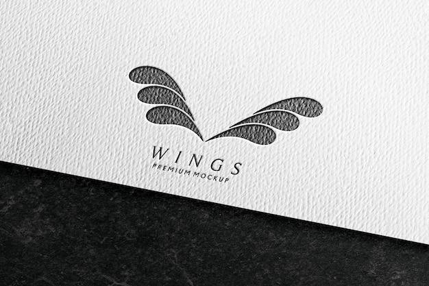 Maquette de logo en papier blanc avec texture crayon