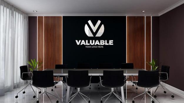 Maquette de logo réaliste dans l'espace de réunion d'affaires moderne