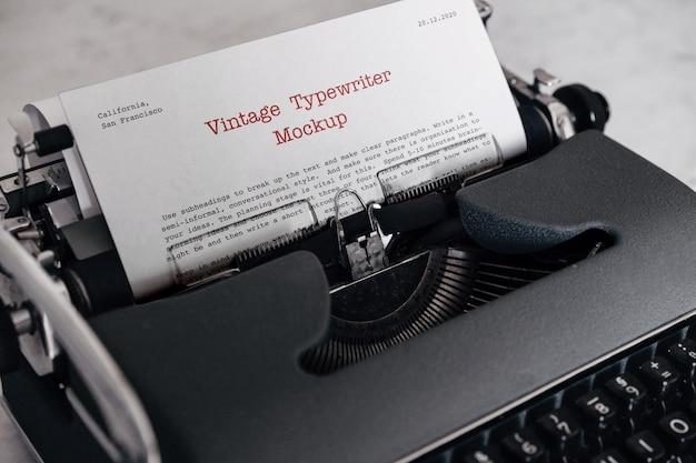 Maquette de machine à écrire vintage