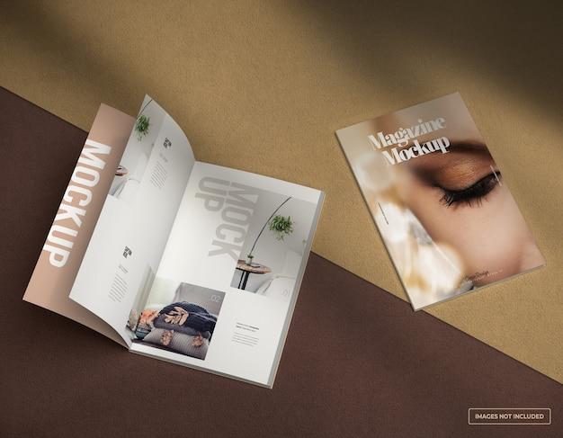 Maquette de magazine ouverte avec page de couverture et pages intérieures