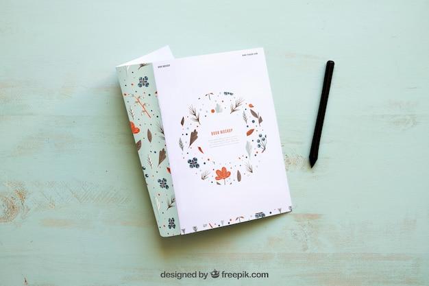 Maquette de magazine et stylo