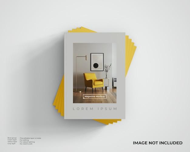 Maquette de magazines empilés, vue de dessus