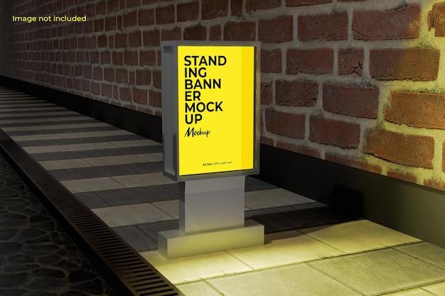 Maquette de panneau d'affichage perspective street pour présenter votre conception à vos clients