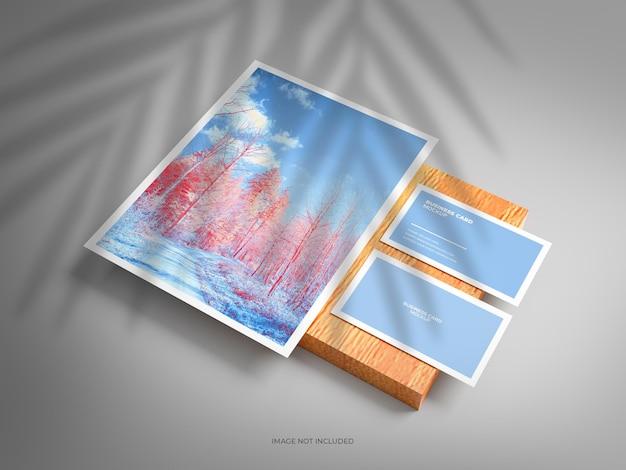 Maquette de papeterie professionnelle en-tête et carte de visite sur bois