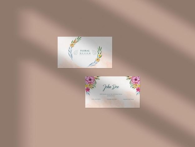 Maquette de papier de carte de visite aquarelle dessinée à la main florale moderne