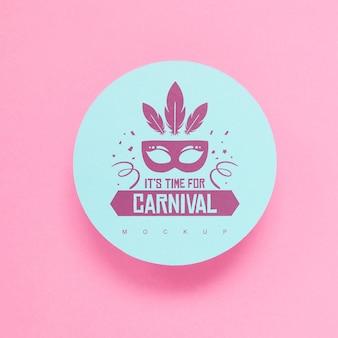 Maquette en papier rond avec concept de carnaval