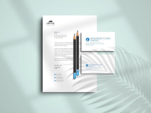 Maquette de papier à en-tête et carte de visite minimaliste