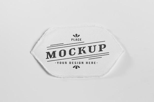 Maquette de patch de vêtements en tissu blanc