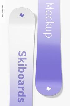 Maquette de planches de ski sur blanc, vue de dessus