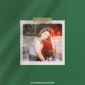 Maquette polaroid de cadre photo ancien avec effet de grain psd premium