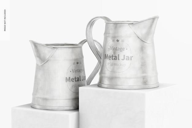Maquette de pots en métal vintage