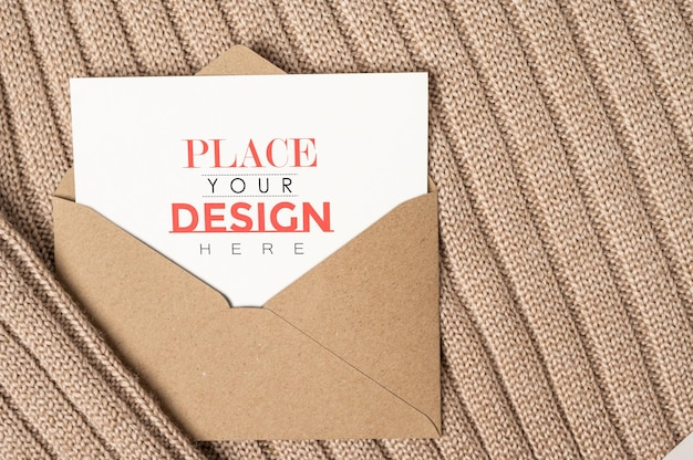 Maquette psd de carte de voeux en papier