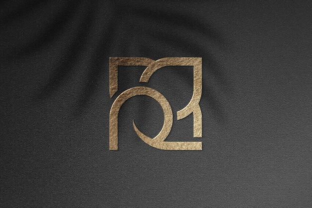 Maquette réaliste du logo sur tissu noir