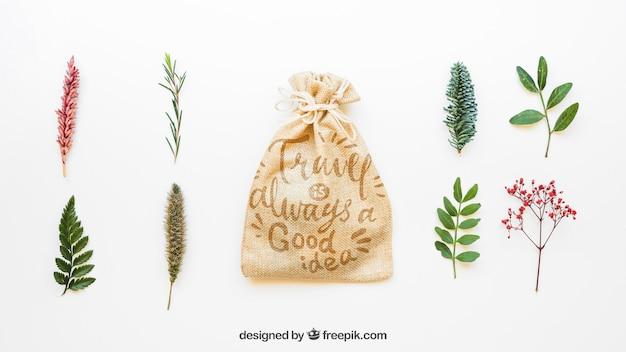 Maquette de sac avec des feuilles