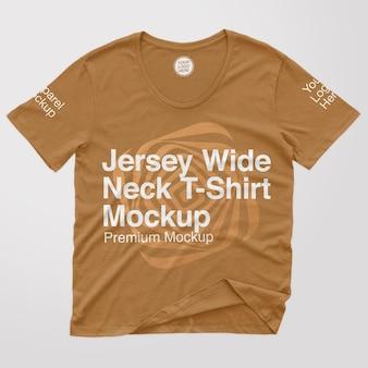 Maquette de t-shirt à col large en jersey
