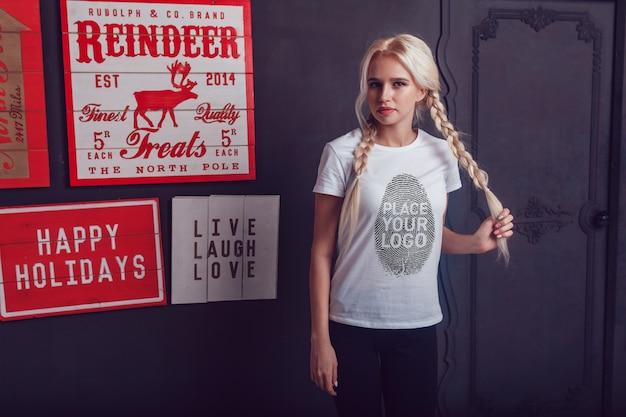 Maquette de t-shirt fille