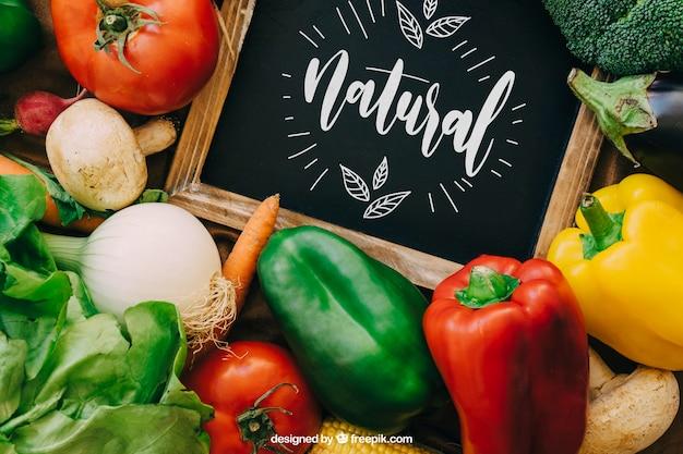 Maquette de tableau avec des dessins de légumes