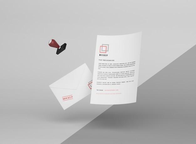 Maquette et tampon en papier en lévitation
