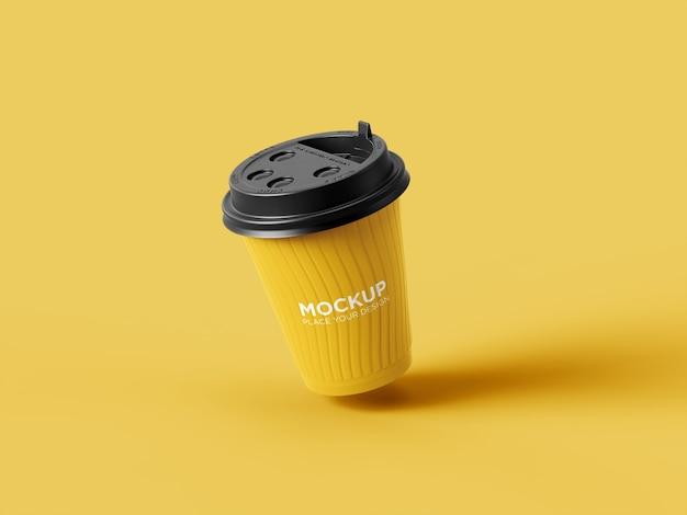 Maquette de tasse à café en plastique de vue d'angle réaliste