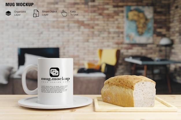 Maquette de tasse avec du pain