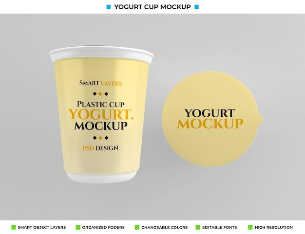 Maquette de tasse de yaourt en plastique dans le concept alimentaire