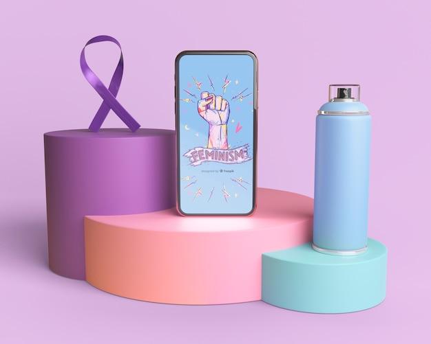 Maquette de téléphone avec le concept de pouvoir de fille