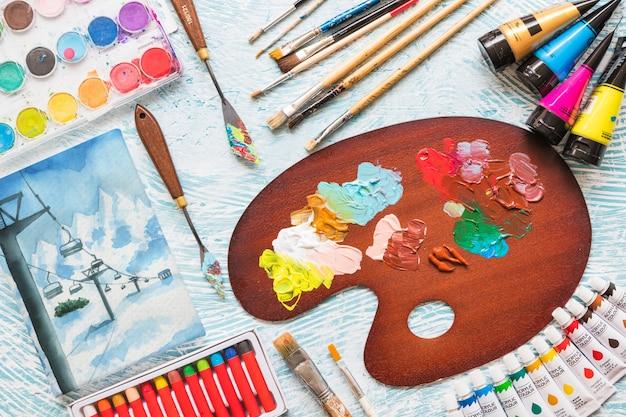 Maquette de toile avec des matériaux de peinture