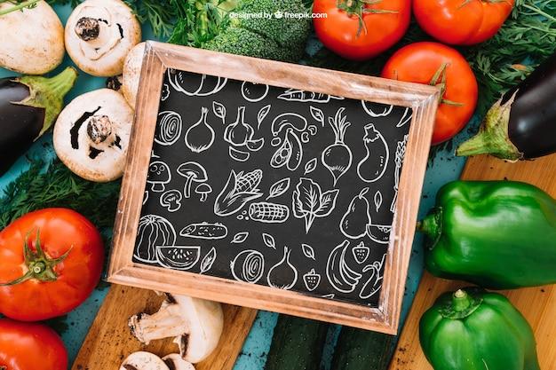 Maquette végétarienne et ardoise