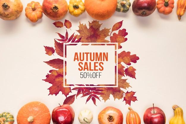 Maquette de vente d'automne avec des légumes secs