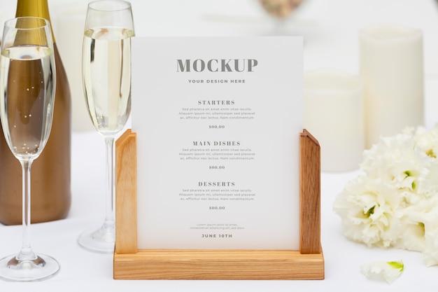 Maquette de la vie réelle du support de menu