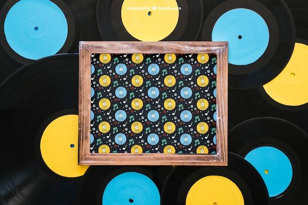 Maquette de vinyl créative avec ardoise