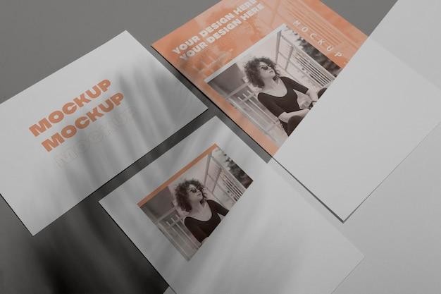 Maquette vue de dessus de superposition d'ombre de brochure