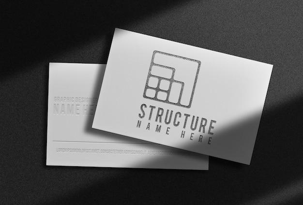 Maquette de vue prospective de carte de visite en relief noir de luxe