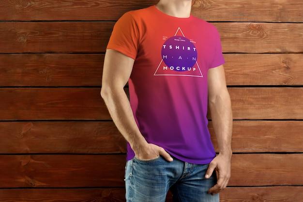 Maquettes de t-shirt de polo. la conception est facile à personnaliser la conception des images et la couleur du t-shirt, du poignet, du bouton et du col