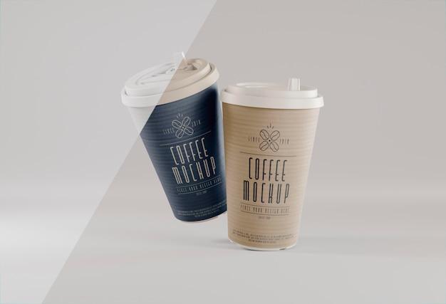 Marque de café avec des tasses en lévitation