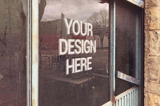 Message sur la vitrine