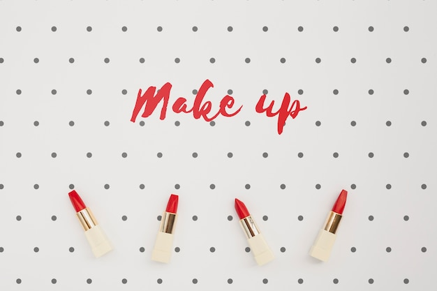 Mise à plat de la maquette du concept de maquillage