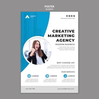 Modèle d'affiche commerciale avec photo