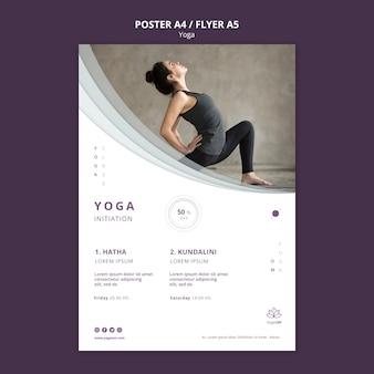 Modèle d'affiche avec conception de yoga