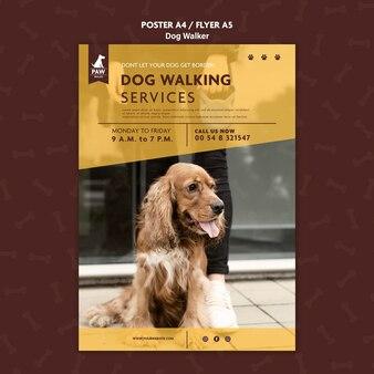 Modèle d'affiche de promeneur de chien