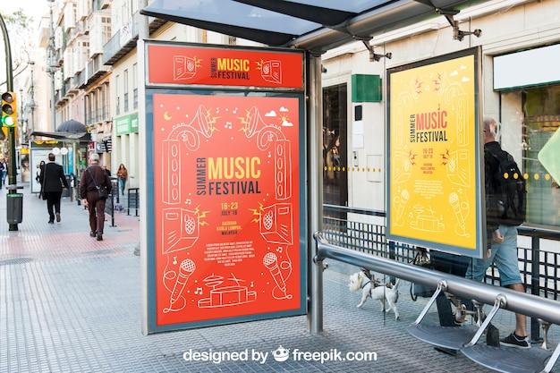 Modèle d'arrêt de bus mupi mockup