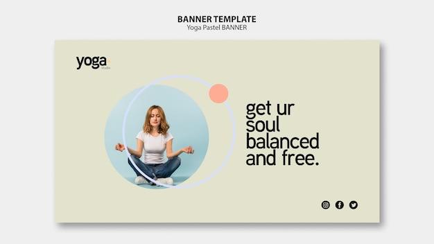 Modèle de bannière de cours de yoga esprit et corps