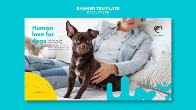 Modèle de bannière horizontale pour les amoureux des chiens avec propriétaire féminin