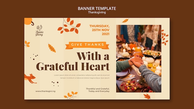 Modèle de bannière de jour de thanksgiving avec détails d'automne
