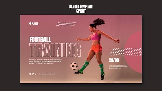 Modèle de bannière de sport avec photo de femme jouant au football