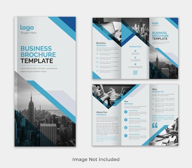 Modèle de brochure d'entreprise moderne à trois volets pour la publicité avec une forme créative