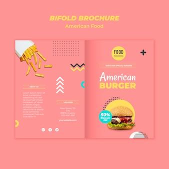 Modèle de brochure pliante pour la cuisine américaine avec burger