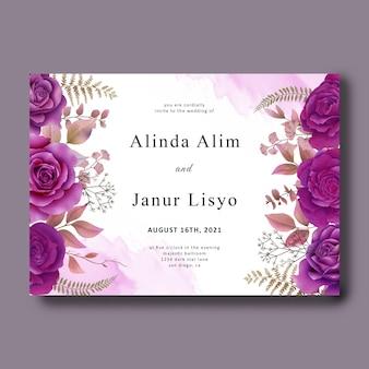 Modèle de carte d'invitation de mariage avec des roses violettes aquarelles