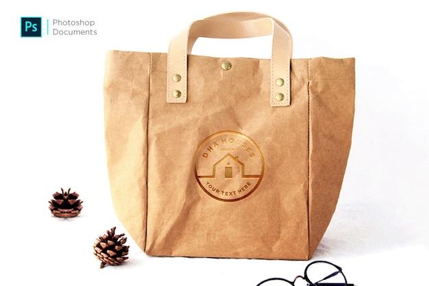 Modèle de conception de maquette de logo de sac en papier