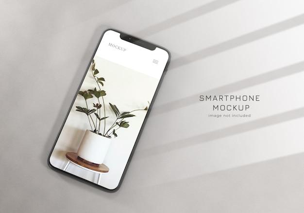 Modèle de conception de maquette de smartphone propre et réaliste